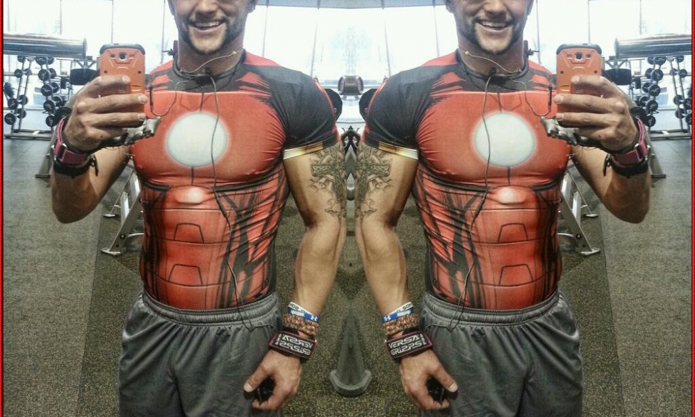 #gym #selfie of the day – Optical Illusion Selfie – @tmft87